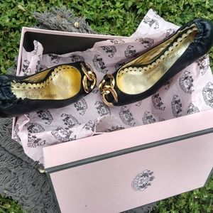 Juicy Couture Black Dress Shoes w/Gold Heel/Buckle